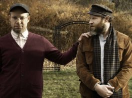 Seth Rogen as Ben Greenbaum and Seth Rogen as Herschel Greenbaum in An American Pickle, directed by Brandon Trost. Photo: Hopper Stone. Copyright: Sony Pictures/Warner Bros. Entertainment Inc. All Rights Reserved.