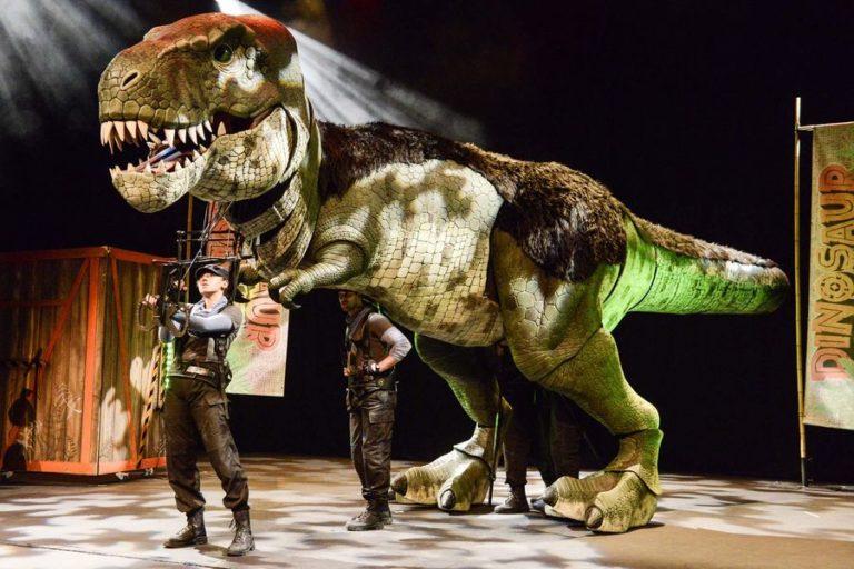 Dinosaur World (Over 3s)