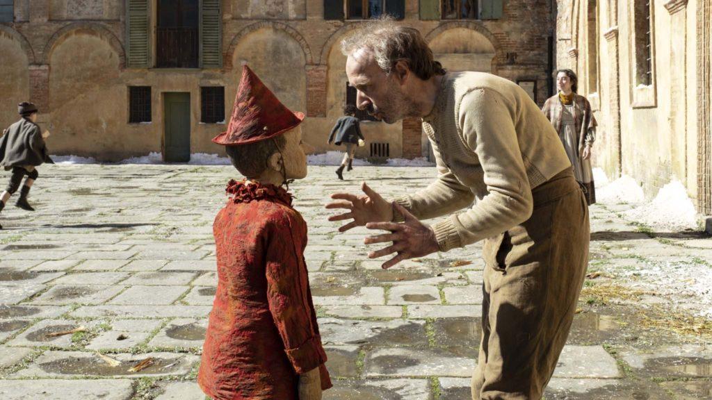 Federico Ielapi as Pinocchio and Roberto Benigni as Geppetto in Pinocchio, directed by Matteo Garrone. Photo: Greta De Lazzaris. Copyright: Vertigo Releasing. All Rights Reserved.