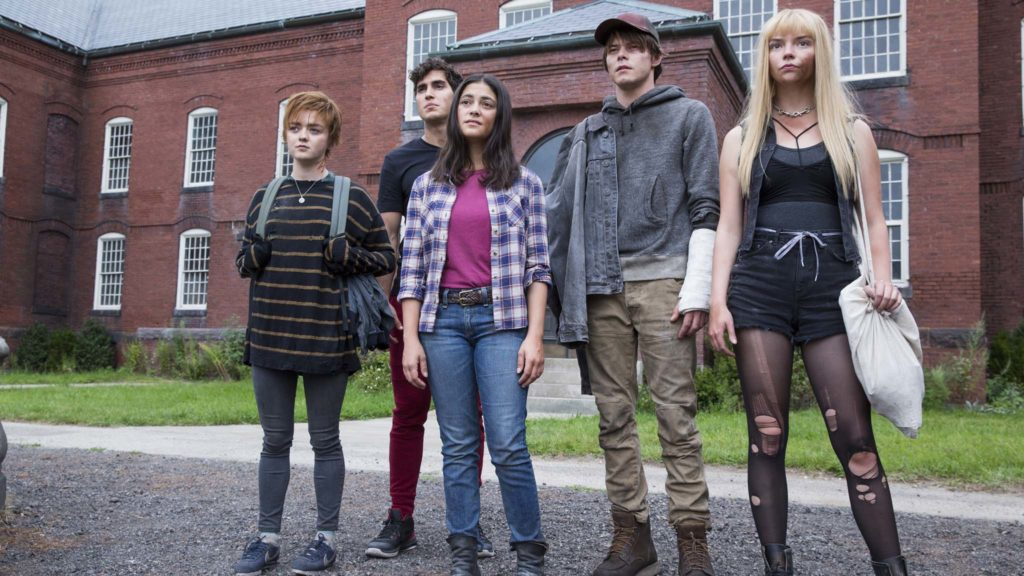 Maisie Williams as Rahne Sinclair, Henry Zaga as Roberto da Costa, Blu Hunt as Danielle Moonstar, Charlie Heaton as Sam Guthrie and Anya Taylor-Joy as Illyana Rasputin in The New Mutants, directed by Josh Boone. Photo: Claire Folger. Copyright: 2020 Twentieth Century Fox Film Corporation. All Rights Reserved.