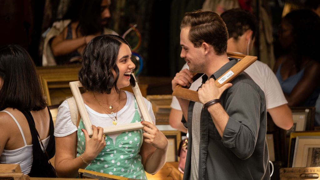 Geraldine Viswanathan as Lucy and Dacre Montgomery as Nick in The Broken Hearts Gallery, directed by Natalie Krinsky. Photo: Linda Kallerus. Copyright: 2020 Columbia TriStar Marketing Group, Inc. All Rights Reserved.