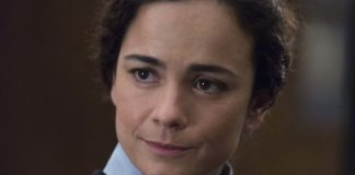 Alice Braga as Dr Cecilia Reyes in The New Mutants, directed by Josh Boone. Photo: Claire Folger. Copyright: 2020 Twentieth Century Fox Film Corporation. All Rights Reserved.