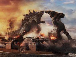 Godzilla battles Kong at sea in Godzilla Vs Kong, directed by Adam Wingard. Copyright: 2021 Legendary And Warner Bros. Entertainment Inc. Godzilla copyright Toho Co., Ltd. All Rights Reserved.